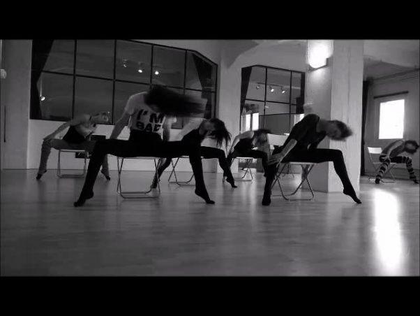 the-art-of-tease-chair-dance-beginners-watch-or-download-downvids-net-delightful-chair-dance-4-602-x-452.jpg