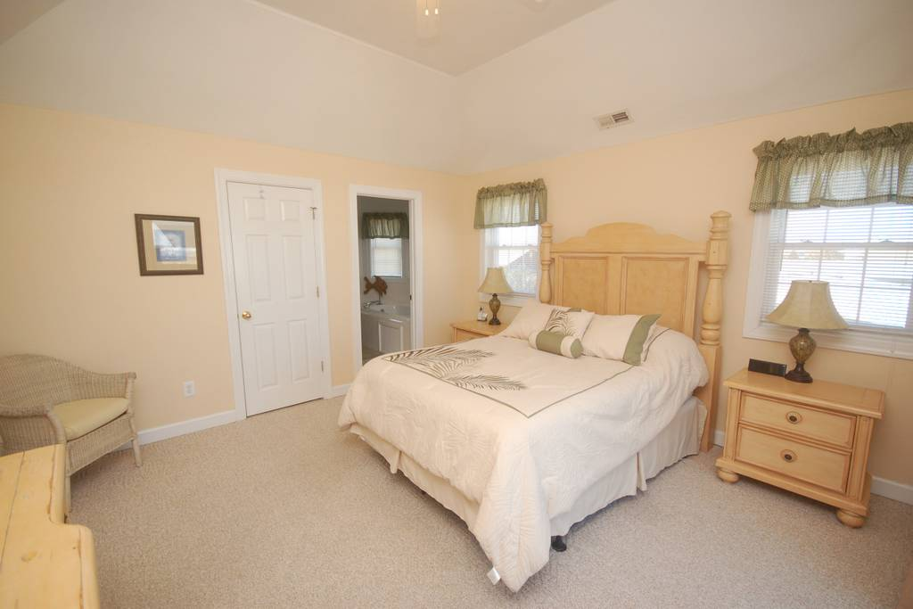 Top Level Queen Master Suite with access to private deck and Jacuzzi Tub Bathroom.jpg