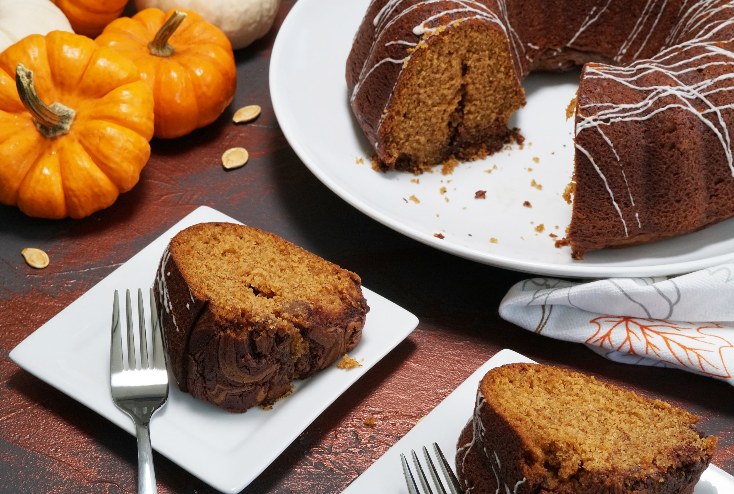 Pumpkin Hot Cocoa Cake with SoChatti Swirl E.jpg