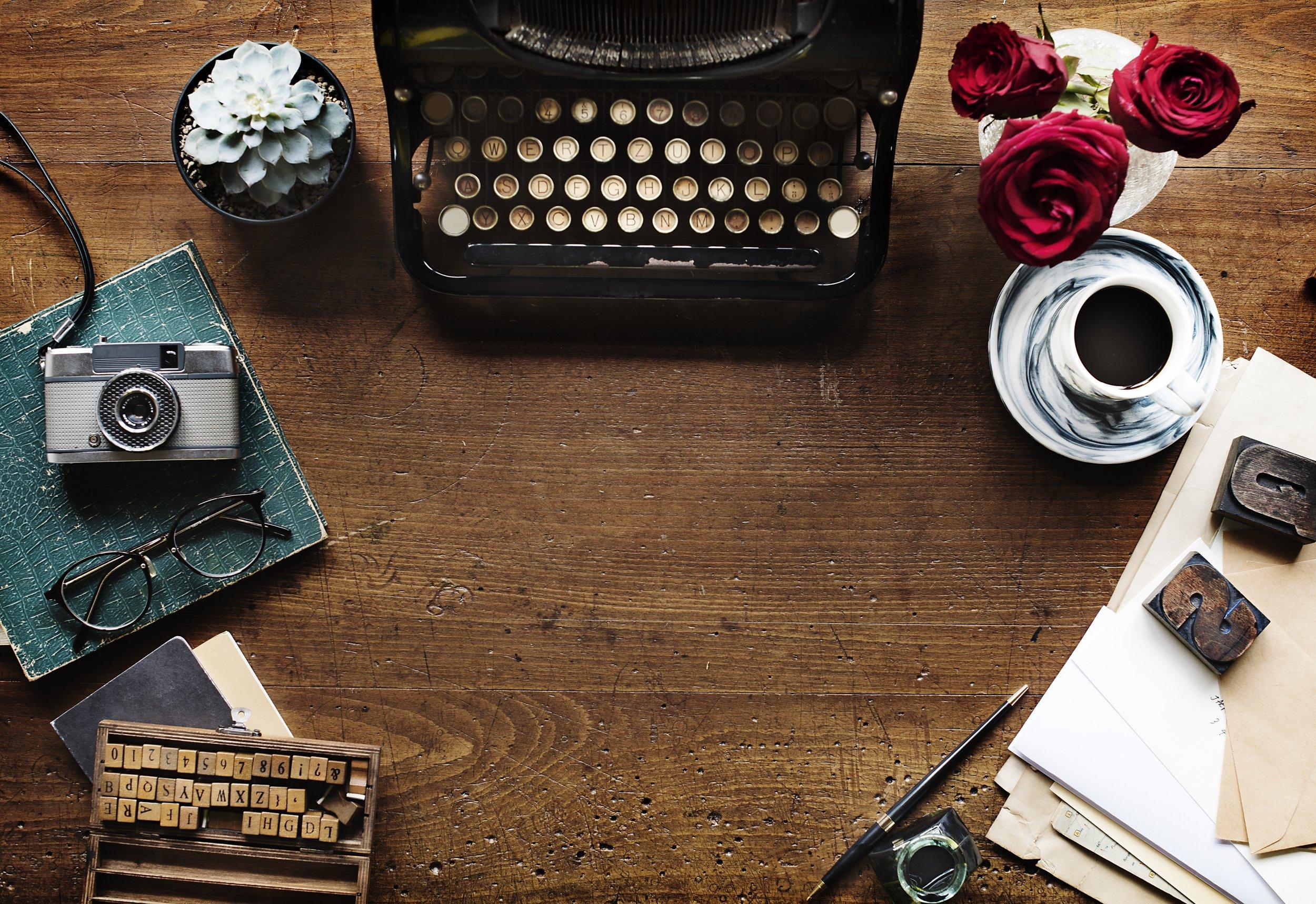 typewriter-2306479.jpg