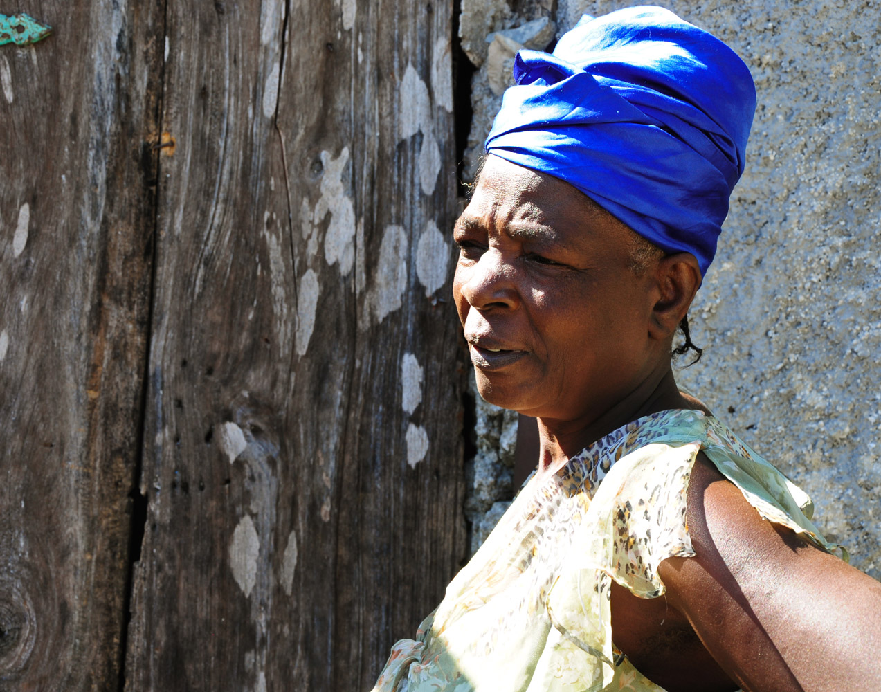 Woman in blue turban - Léogâne, Haiti, 2011