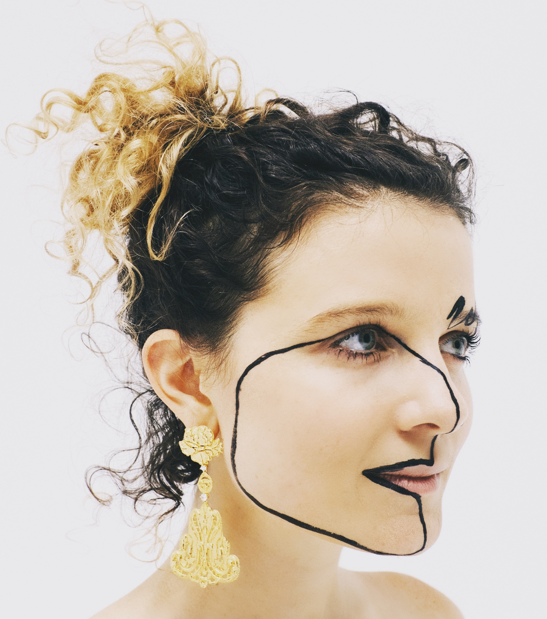 Makeup Headshot.JPG