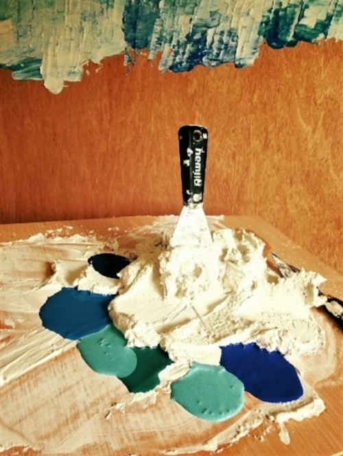 Plaster and acrylic on the palette.. -