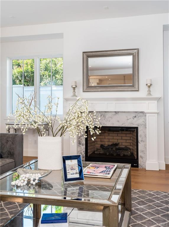 2921 Laurel Ave - fireplace 2.jpeg