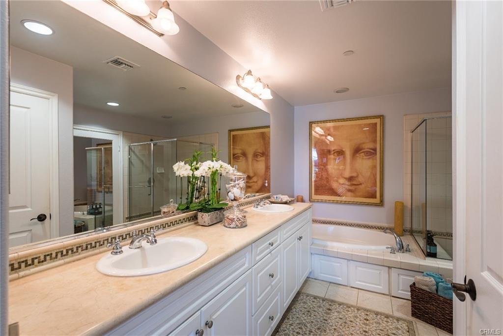 12975 Agustin Pl # 338 bathroom.jpeg