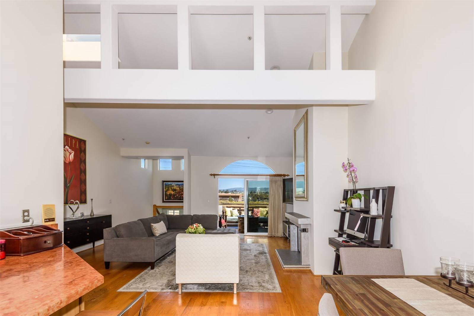 540 1st Street  - living room 3.jpeg