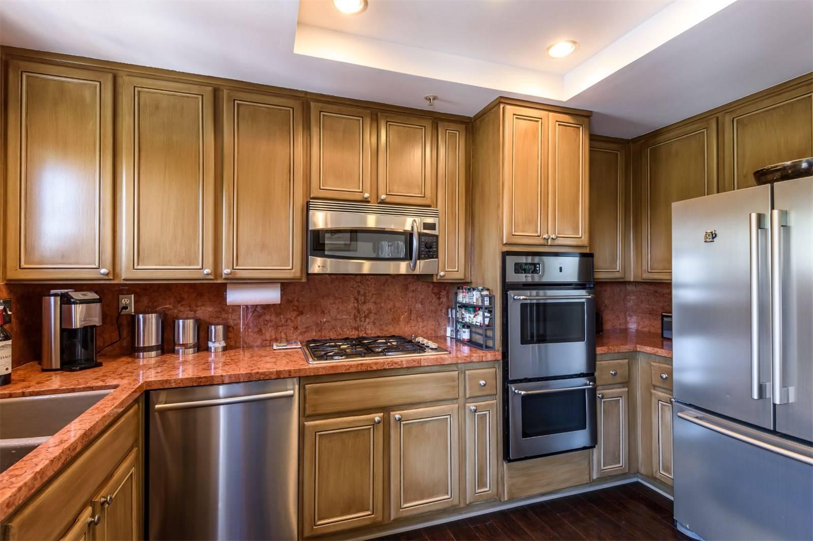 540 1st Street - kitchen 1.jpeg