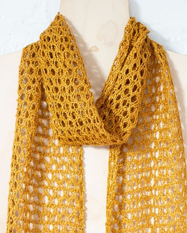 ETEREO in Coppertone. Golden silky fibers to glam up any outfit.  Ribbon of Breeze scarf by Knittmo available on @hi.ravelry   #cloud9etereo