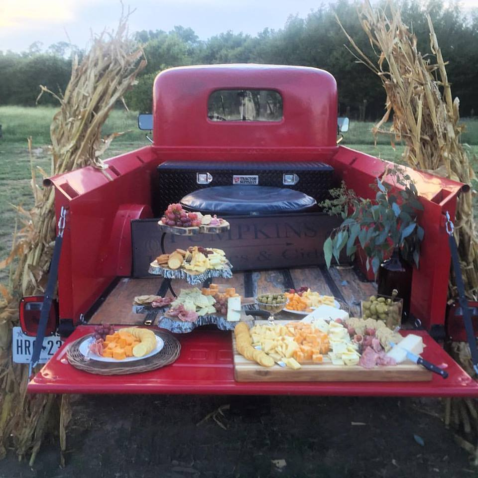 farm to table tailgate.jpg
