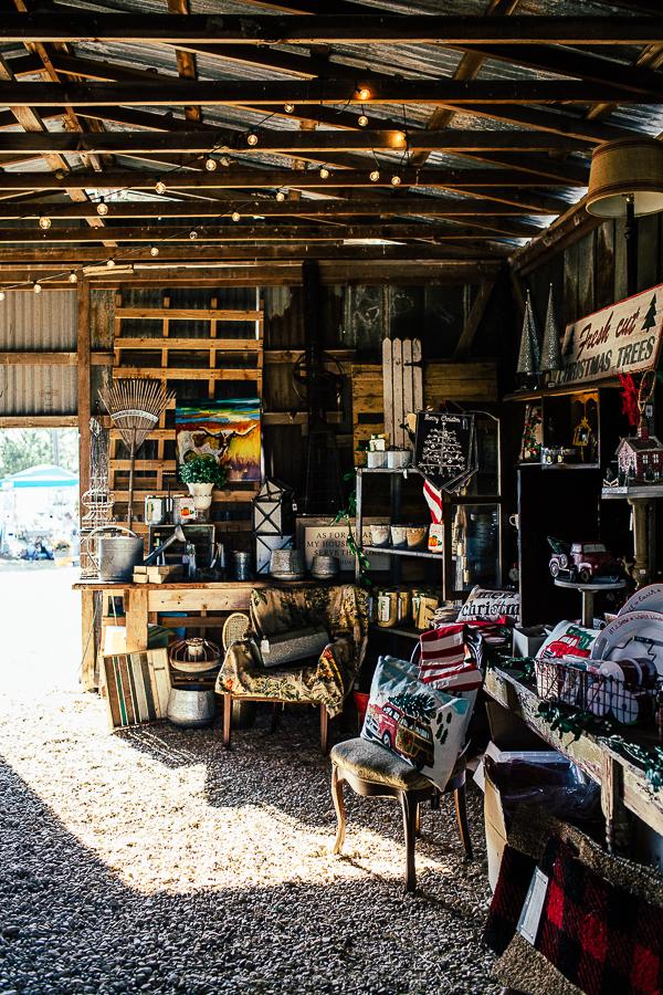 Vintage Barn Sale (2 of 31).jpg