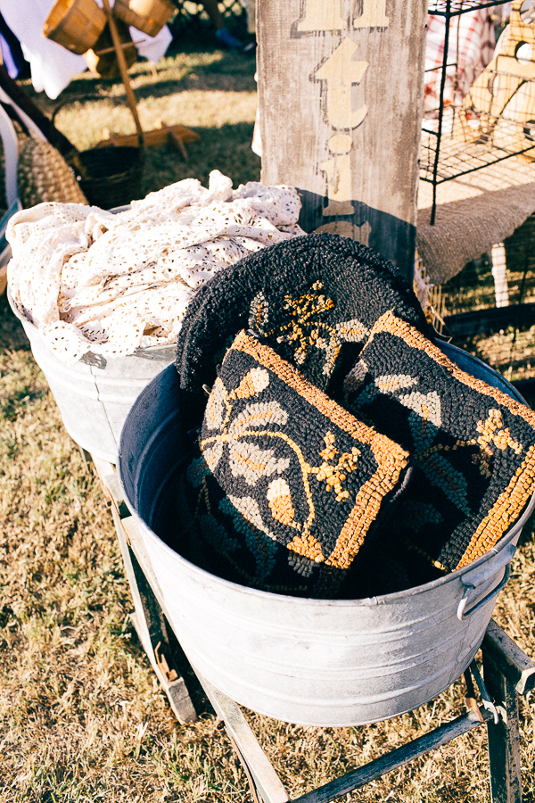 Vintage Barn Sale (16 of 31).jpg