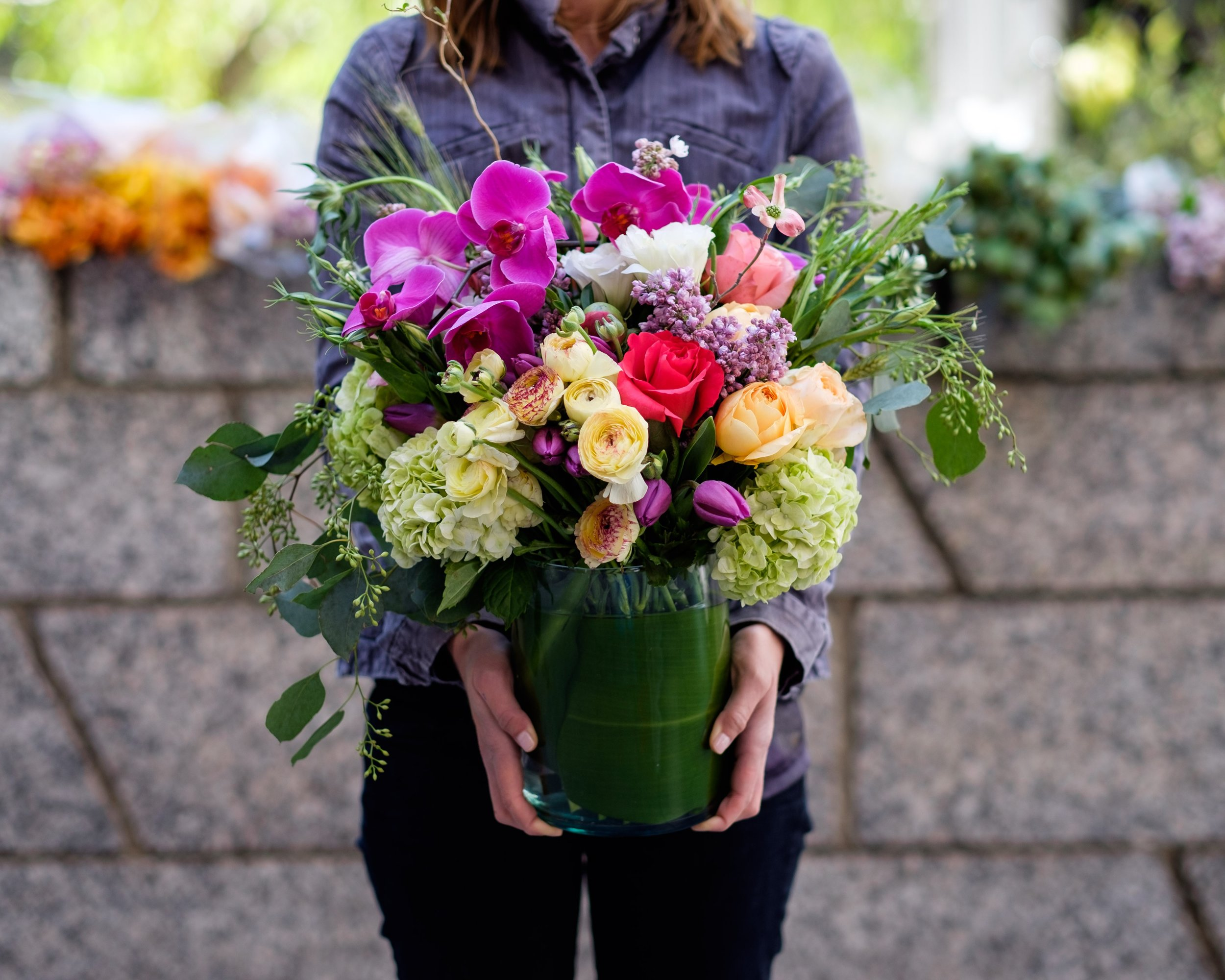 Teleflora Service - Available with us