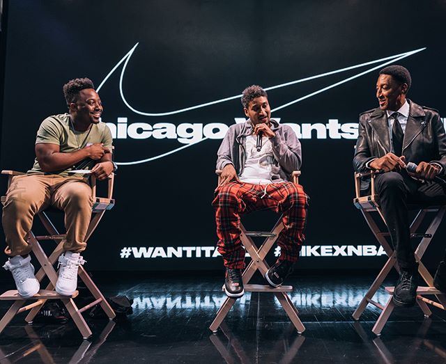 C O N V E R S A T I O N S w/ @chicagodonc x @scottiepippen in Chicago. Thanks @nike for the platform to display my talents consistently. The Statement House Chi this past weekend was a huge success. Kids from the city were able to display their talents, learn from people that are thriving in their careers, and learn about Chicago basketball and culture. Thanks to @laurimarkkanen and @ronnie2k for judging the dunk contest with our HS boys team. Thanks to all that stopped by. Another One!! 💪🏽 #Hosting #Nike #Basketball #NBA2k #Bulls #WantItAll #OnTheFlipside #Interviews