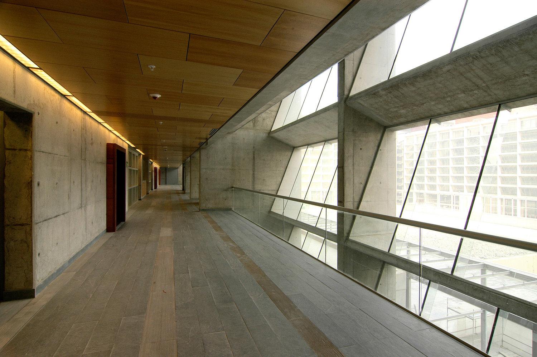 HUNTER DOUGLAS ARCHITECTURAL