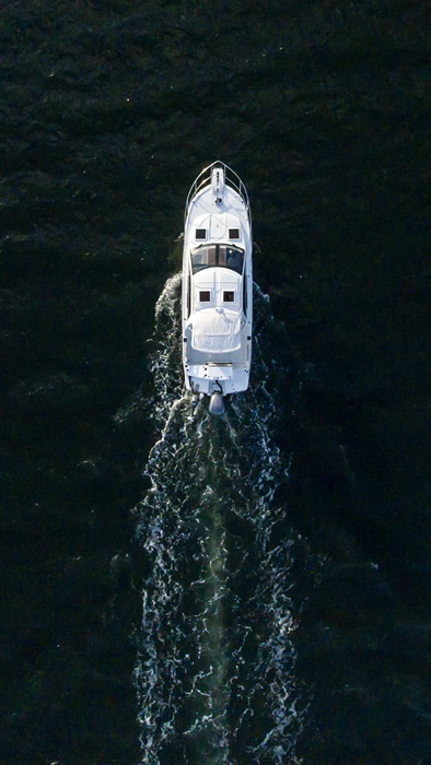 Cutwater-Boats-C-24-Coupe-4-vsm-700--N.jpg
