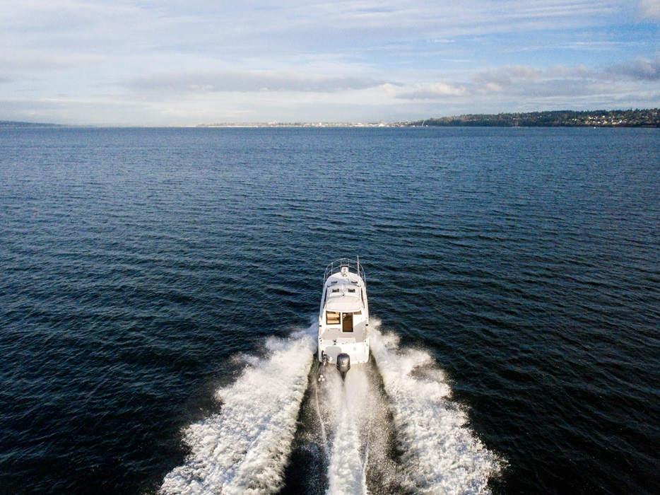Cutwater-Boats-C-24-Coupe-3-vsm-700--N.jpg