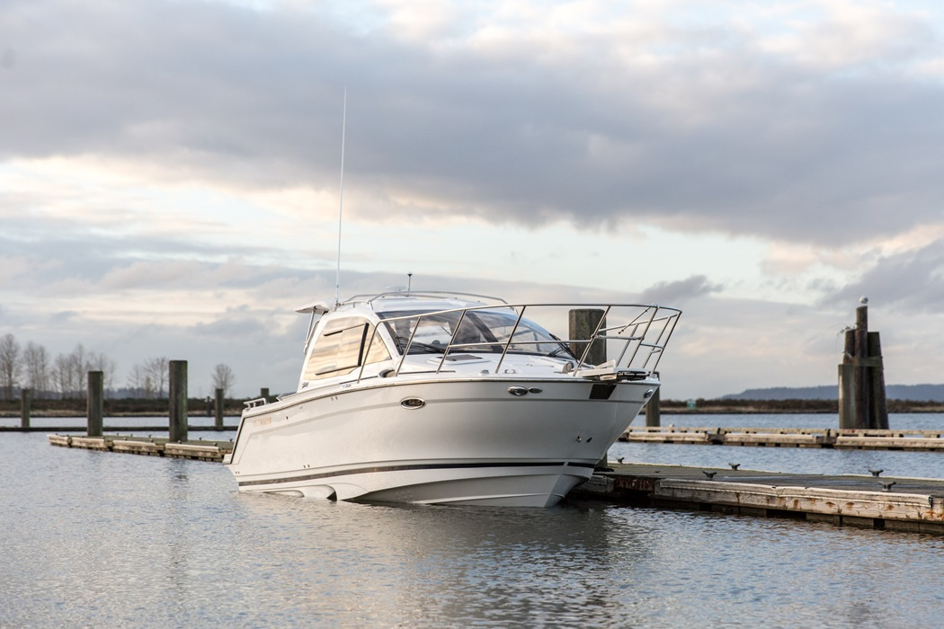 Cutwater-Boats-C-24-Coupe-11-vsm-700--N.jpg