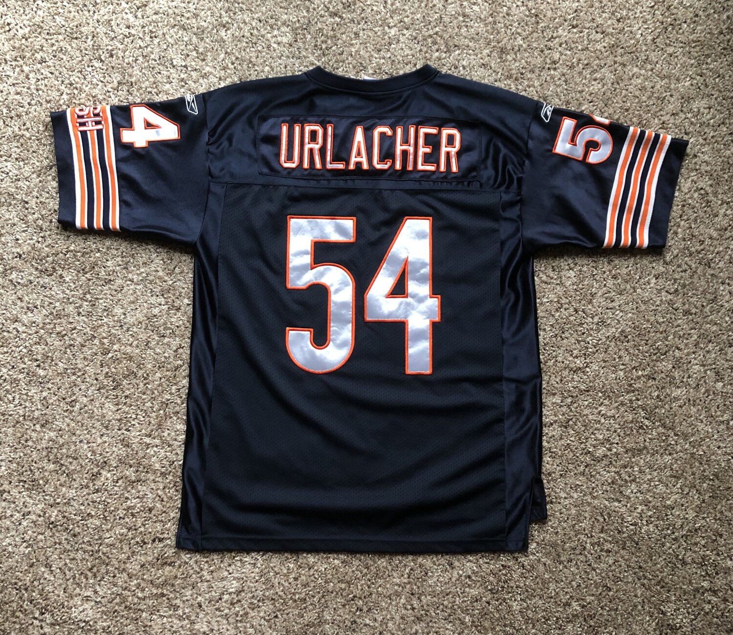 Vintage Authentic Bears 'Brian Urlacher' Jersey - Size 48 — Cultural Blends.