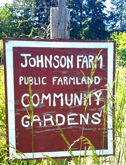 johnson farm sign photo