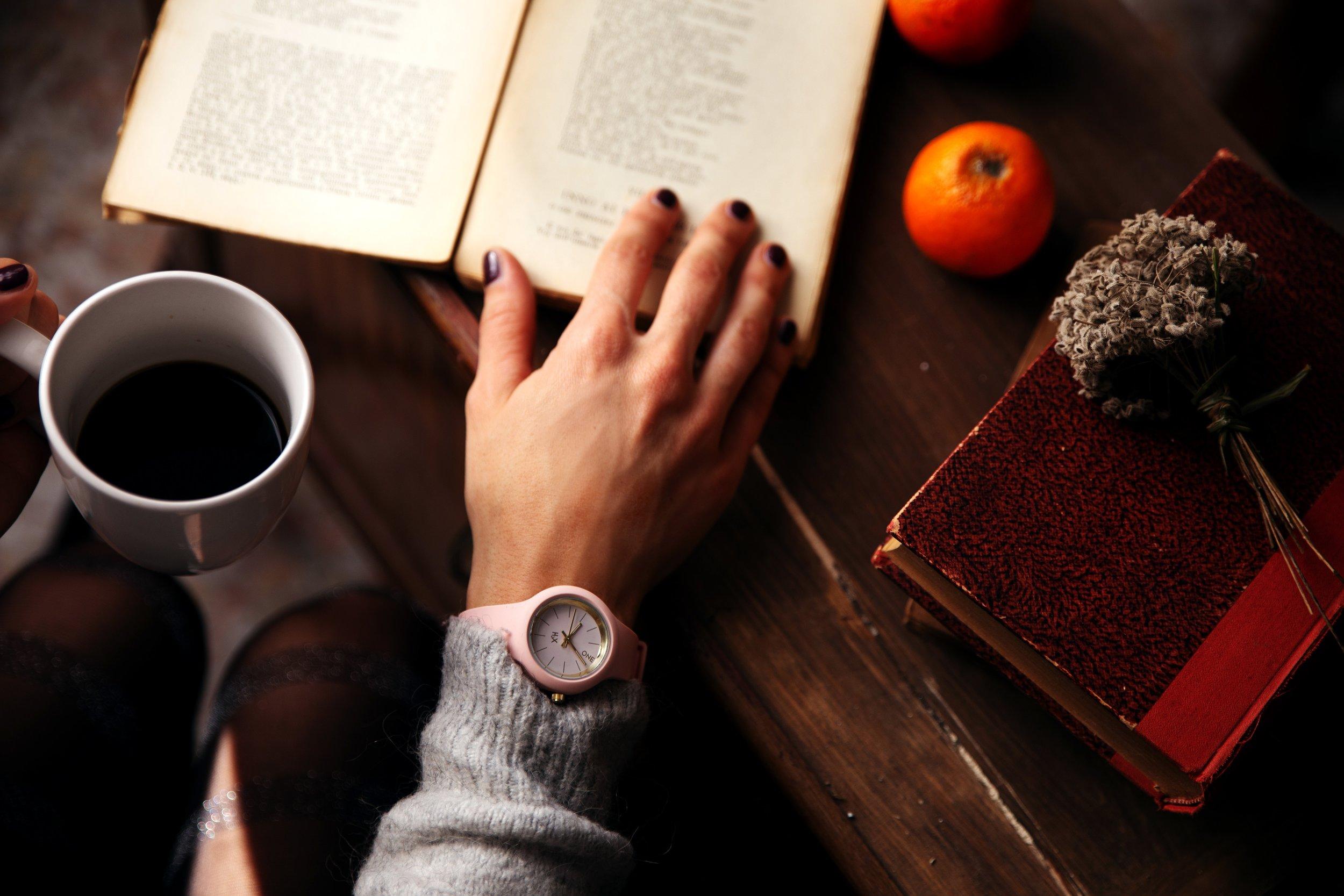 accessory-book-caffeine-1550649.jpg