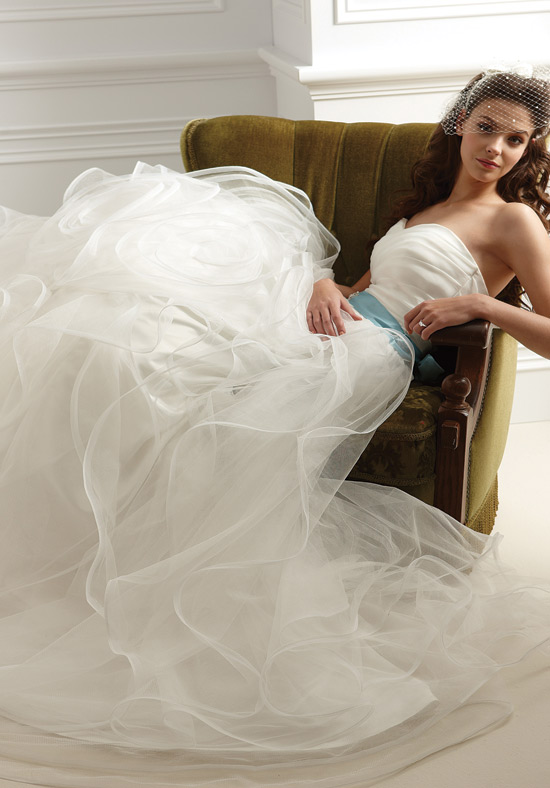 wedding-dress-F459-Jasmine.jpg