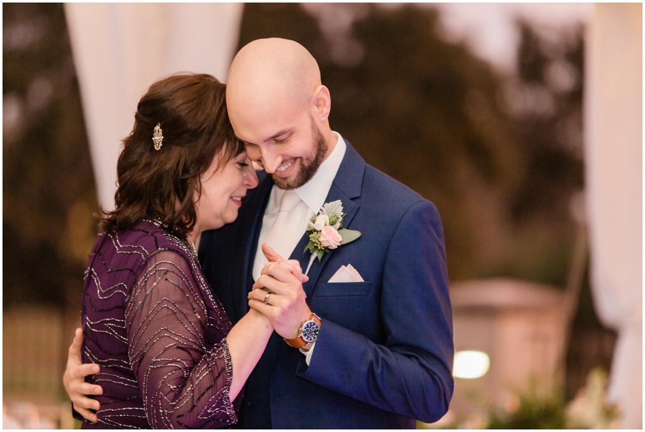 Jacksonville-Wedding-photographers-brooke-images-TPC-Sawgrass-Wedding-Mary-Kevin-blog_0052.jpg