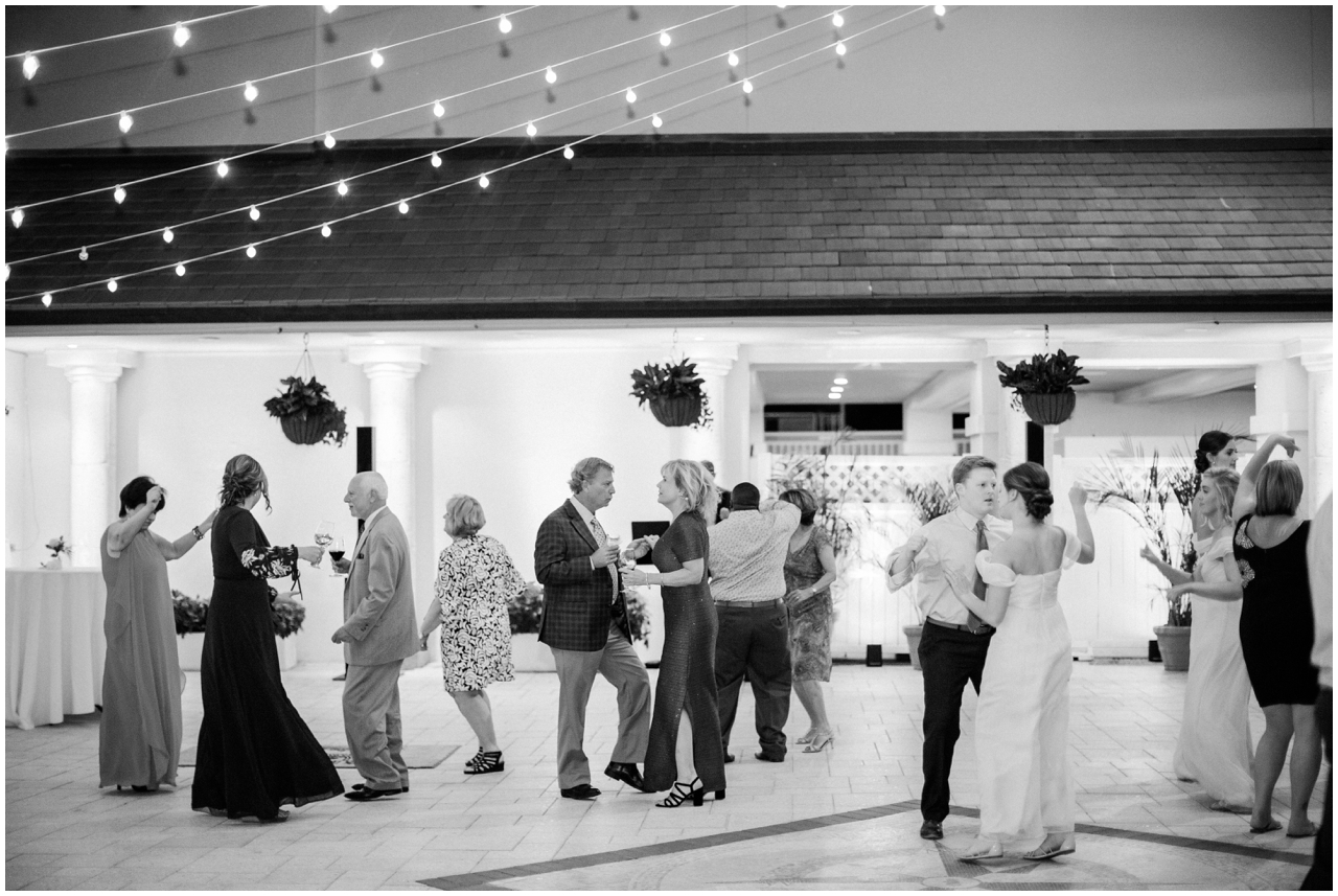 Jacksonville-wedding-photographer-brooke-images-Ponte-Vedra-Inn-Club-Lodge-Wedding-Nikki-Tyler-_0054.jpg
