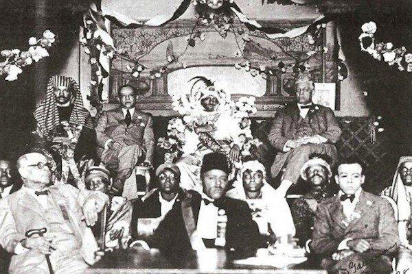 Noble Drew Ali (center) in the 1920's.