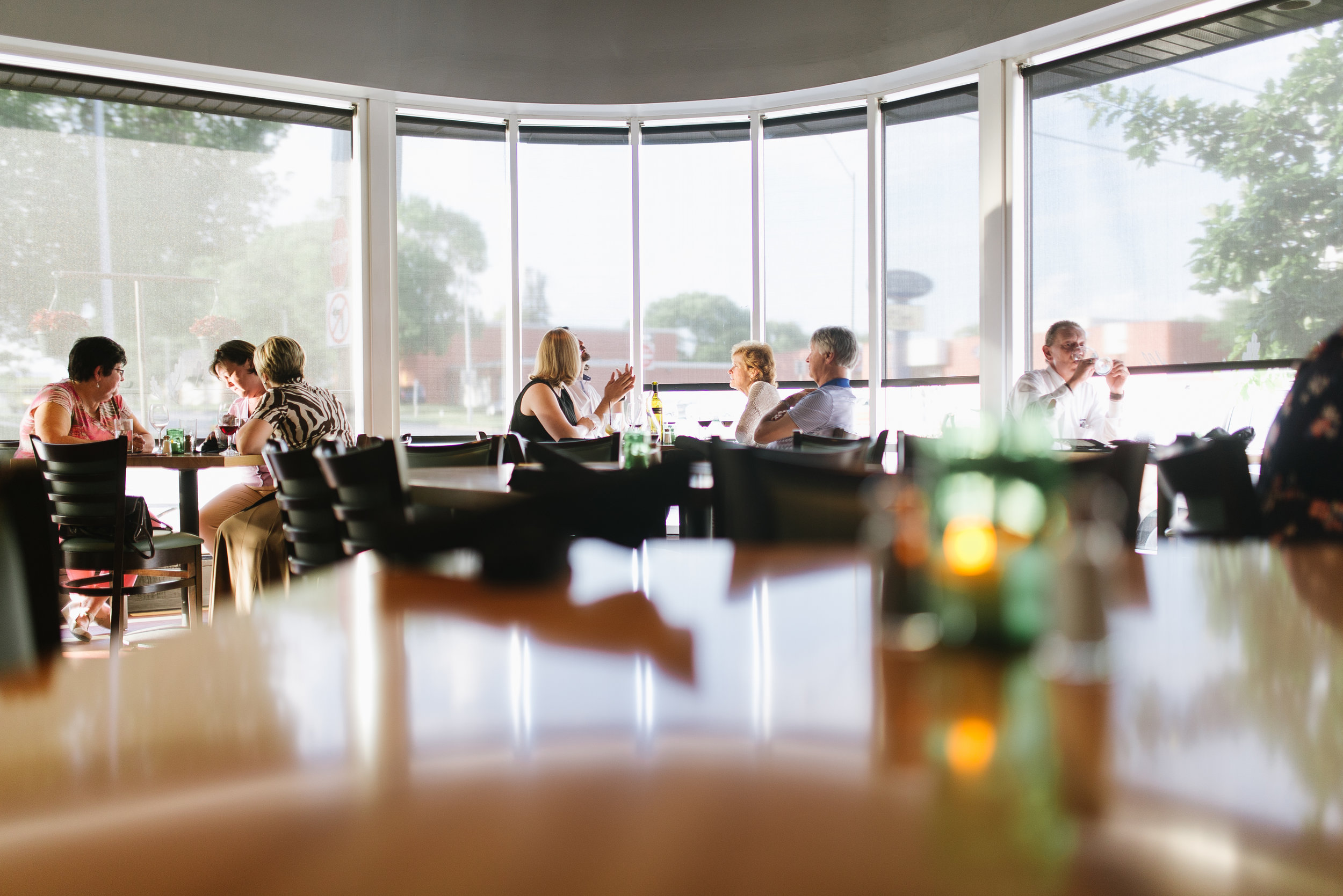 Alba Des Moines, Iowa Restaurant Table