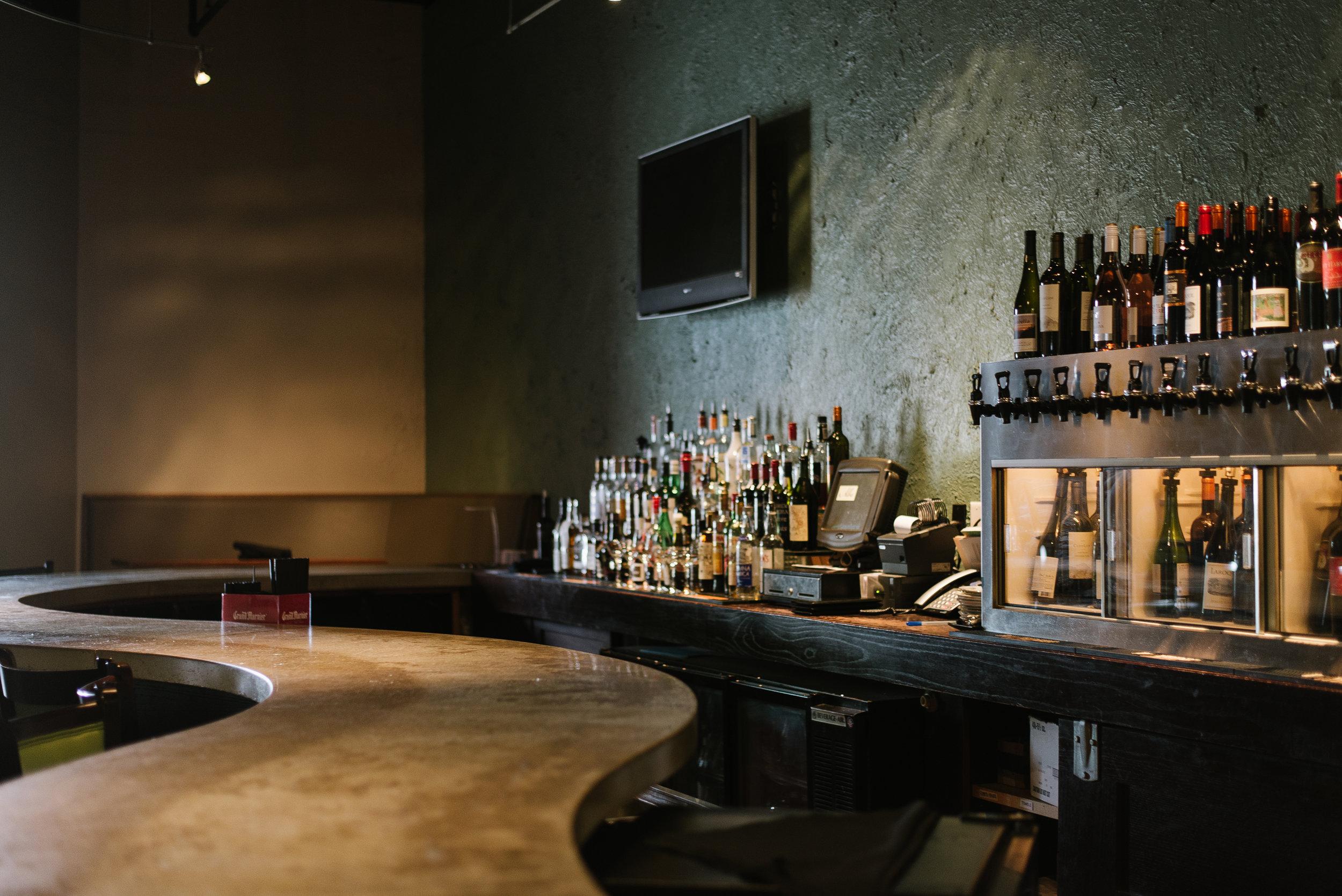 Alba Des Moines, Iowa Restaurant Bar 3