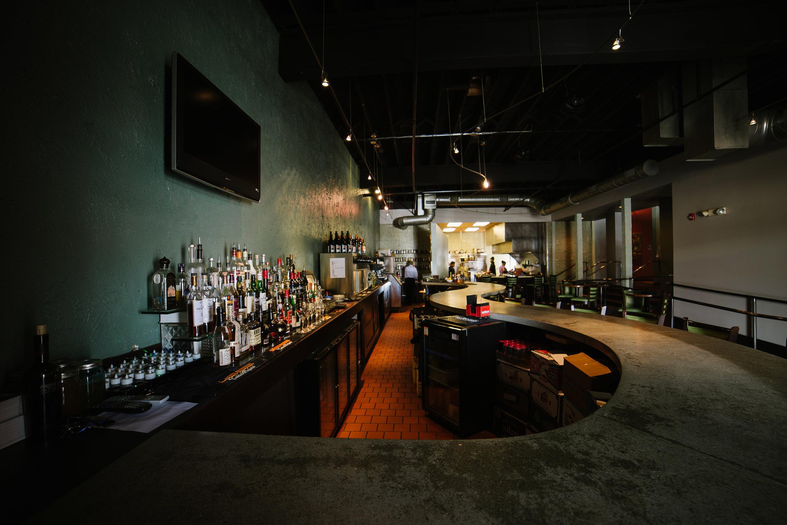 Alba Des Moines, Iowa Restaurant Bar 6