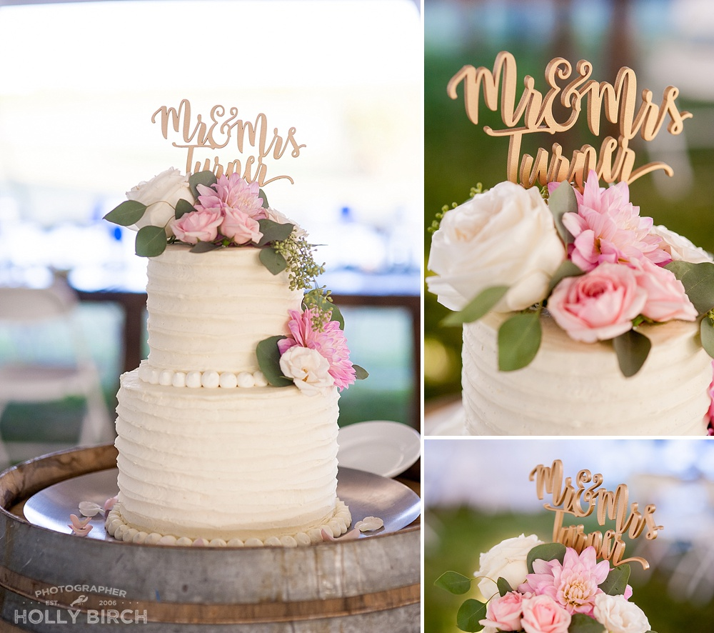 2-tier wedding cake with blush pink flowers