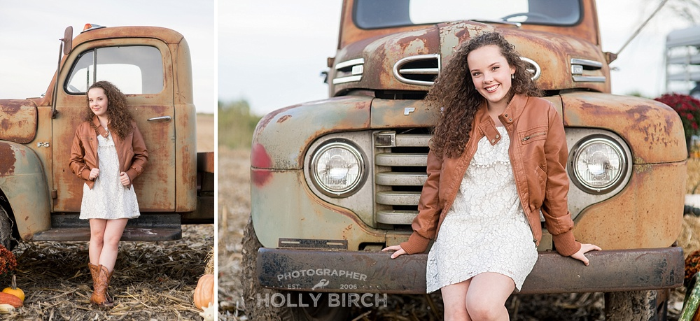 homeschool-senior-pictures-Gibson-City-rural-farm-session_4037.jpg