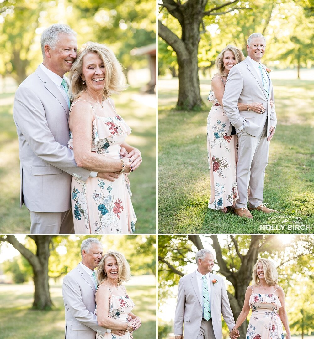NW-Champaign-intimate-backyard-wedding-at-dusk-sundown-second-wedding_4736.jpg