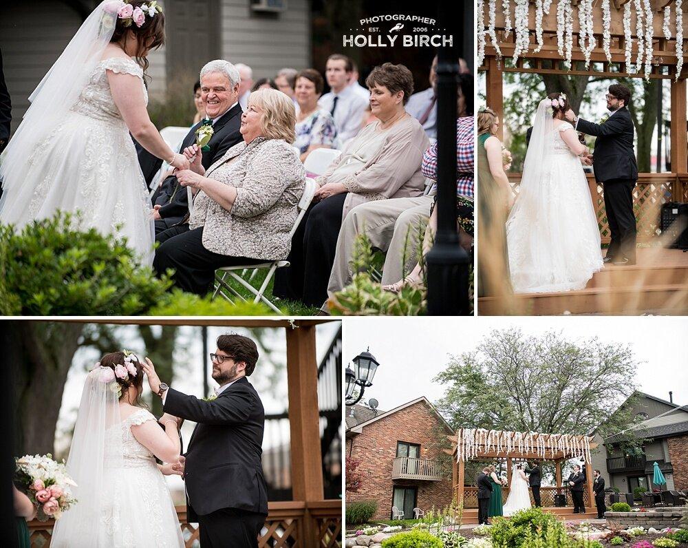 Green-Wedding-at-Bloomington-Eastland-Suites-courtyard_4767.jpg