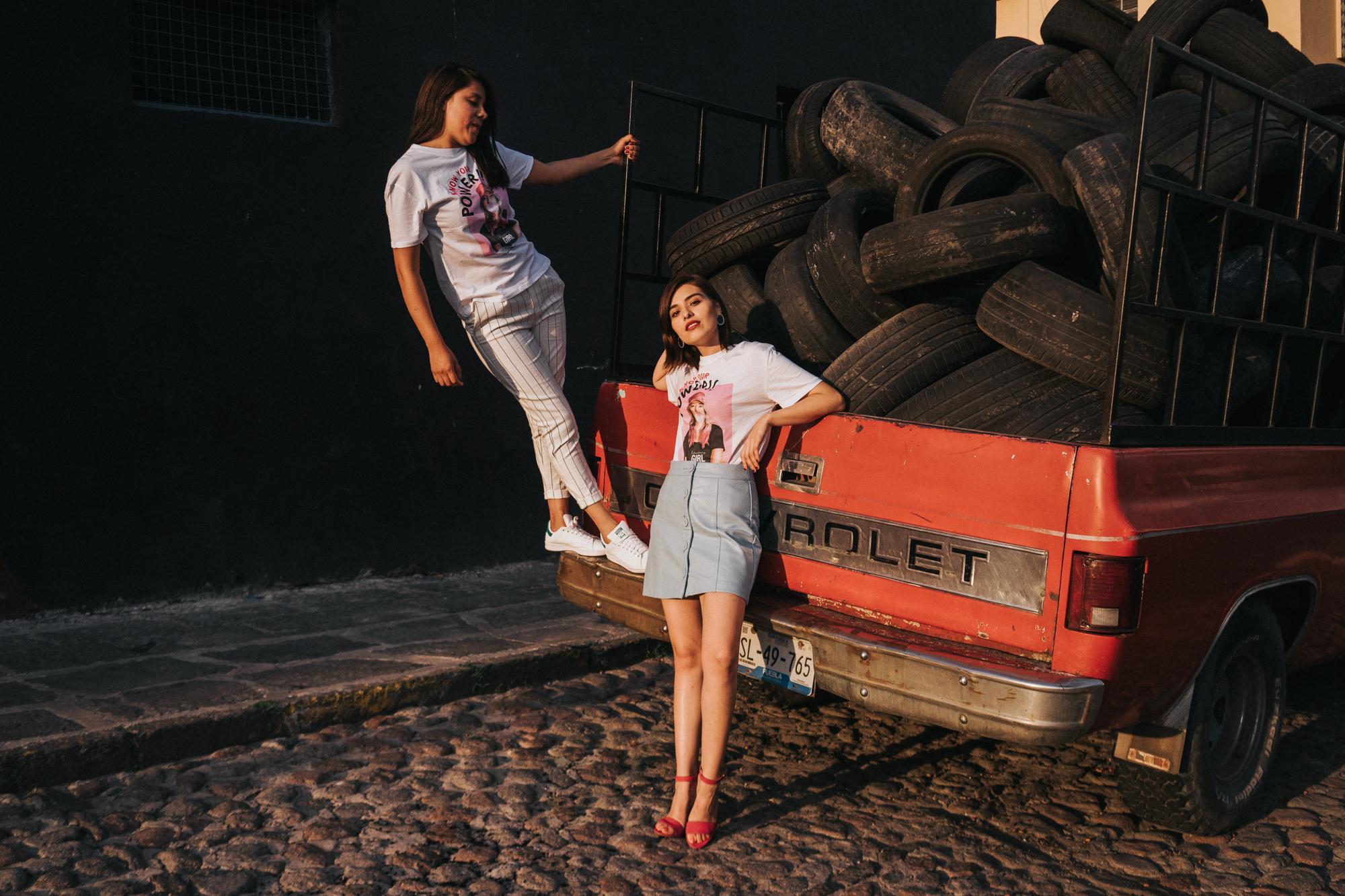 Andrea & Iza-06107.jpg