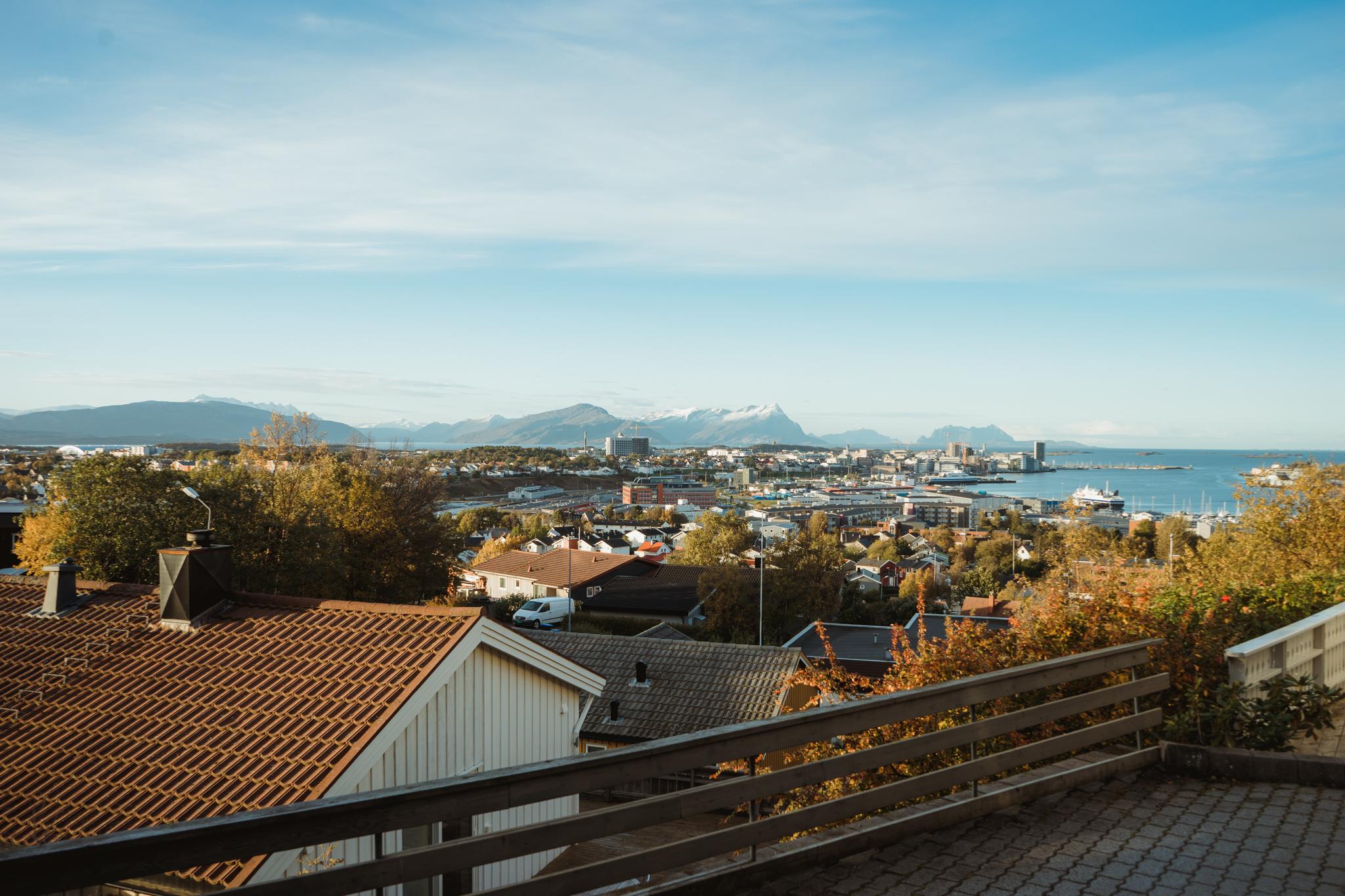Vista de Bodø por la mañana.
