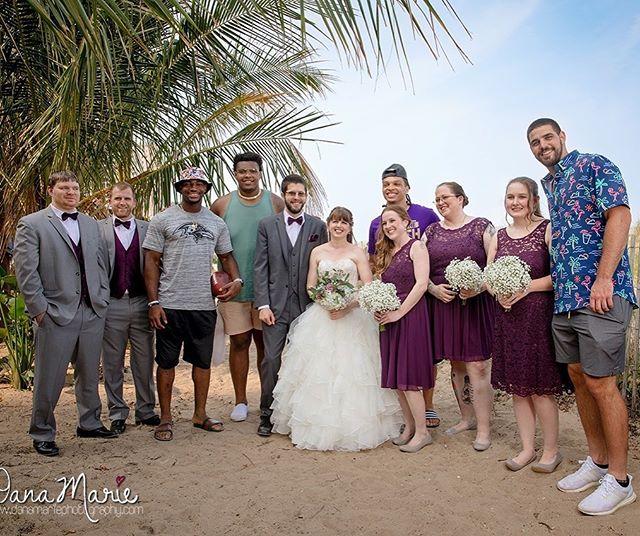 Some Baltimore Ravens crashed my bride's wedding ❤️