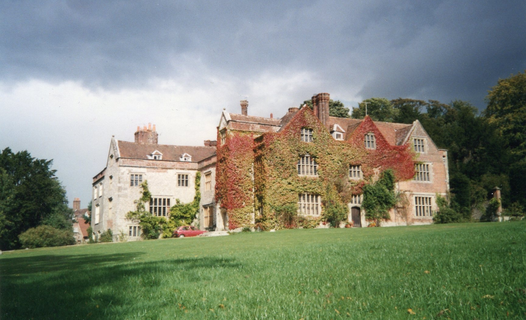 chawton house 1987 resized.jpg