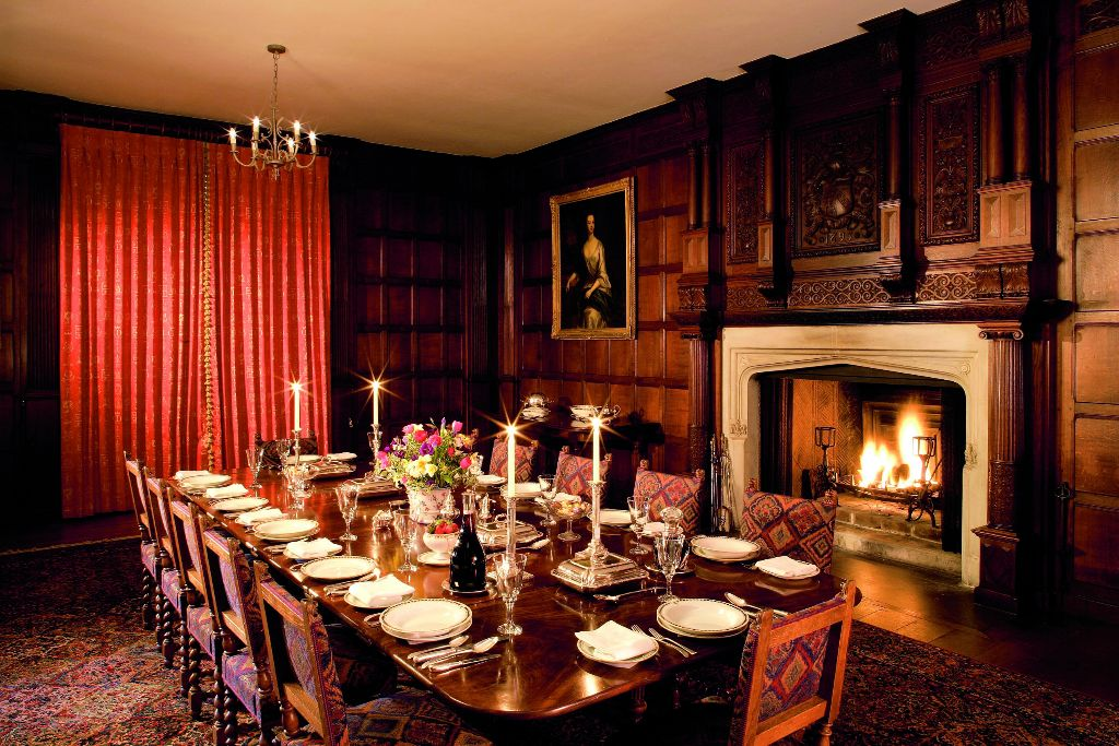 The grand dining room at Chawton House. (Photo courtesy of Jarrods Interiors)