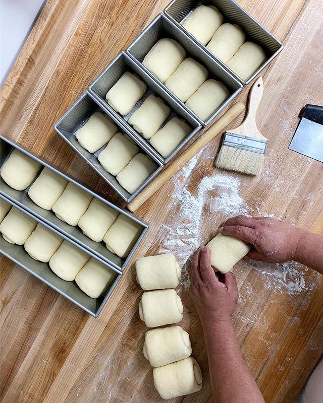 soft hands = soft bread 😚 #breadbellysf #🍞🤰🏻 C U SOON KISSES @prado3040