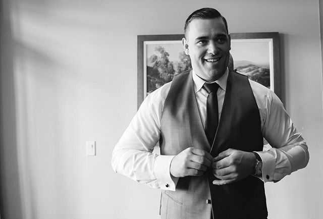Groom getting ready: an underrated part of the day. . . . . ❤️ the most exciting moment . www.imageandivy.com . .#wedding #engagmentphotos #weddingphotographer #weddingphotography #photographer #calgaryweddingphotographer #yycweddings #weddingvendors #bridetobe #bride #weddingphotos #photography #capturingmoments #theknot #groom #engaged #canmore #imageandivy
