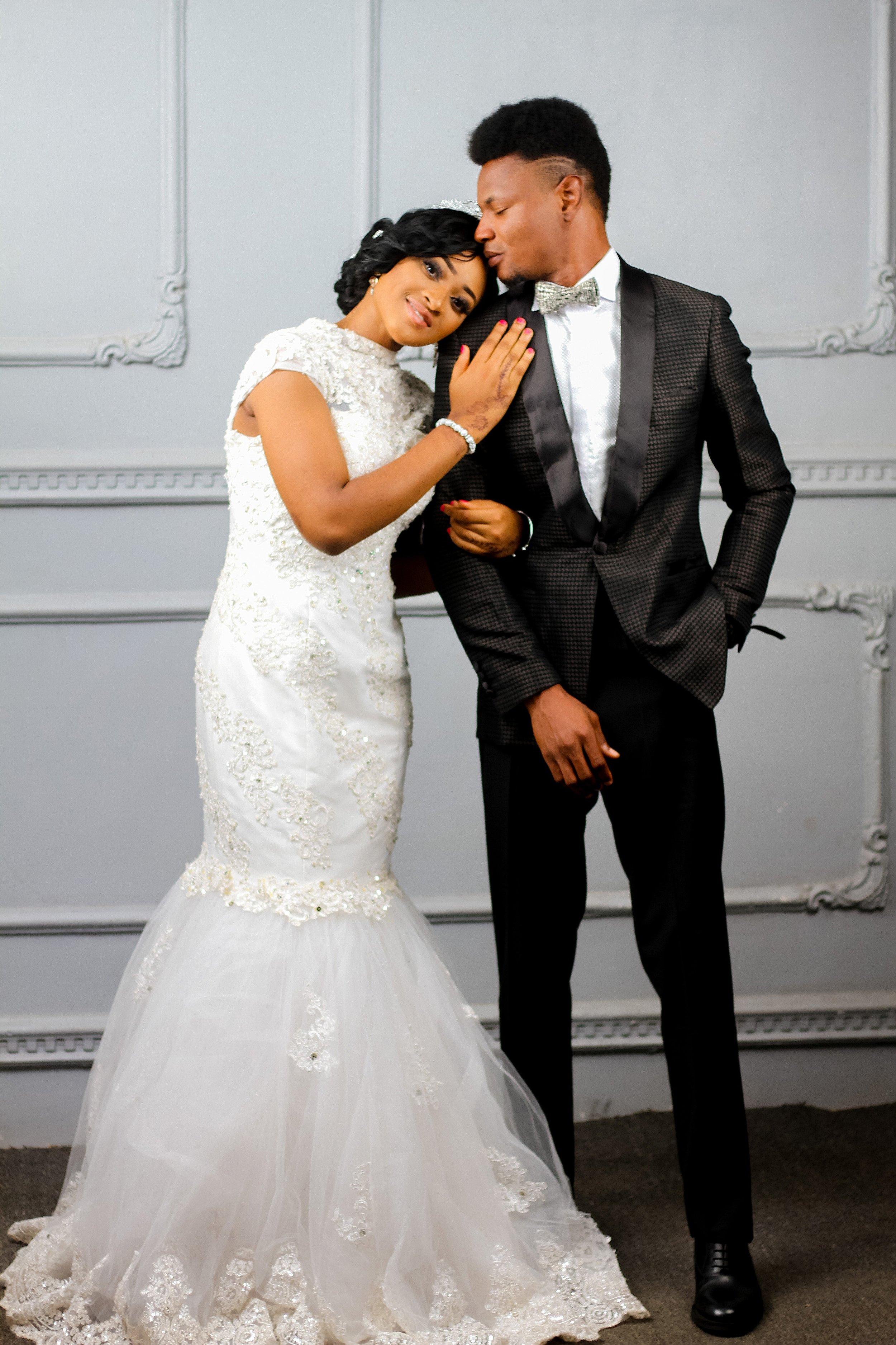 adults-bridal-bride-2062534.jpg