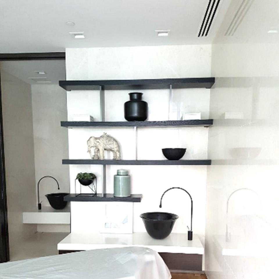 Cairnhill bedroom display.jpg