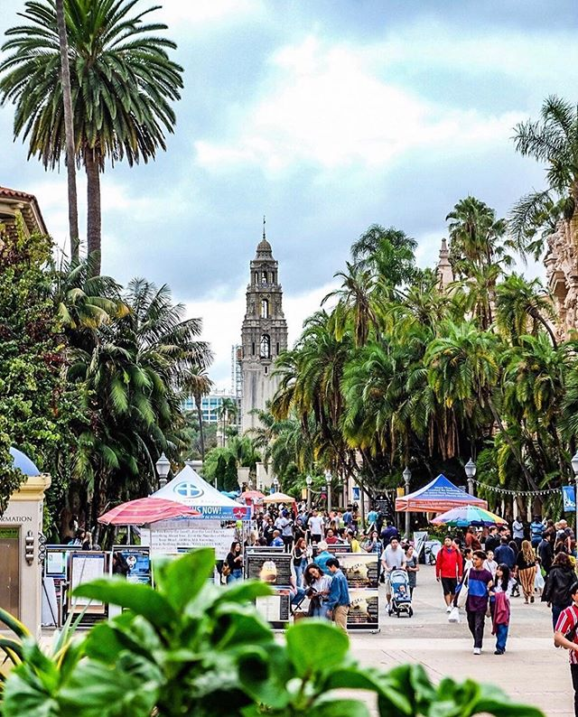 Not all hikes are through rock-strewn hills, forested valleys or desert landscapes. Sometimes, you can find a beautiful trail right in the heart of your own city. @balboapark has 19 urban trails spanning 65 miles that take you in and around the park, including El Prado Loop, Florida Canyon and Jerry Schad Memorial Trail. (📷: @simplyaim_photos) #hikesandiego #hikesd