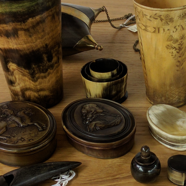 English Horn Boxes & Cups