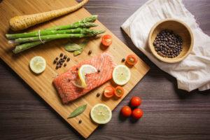 preparing-grilled-salmon-steak-300x200.jpg