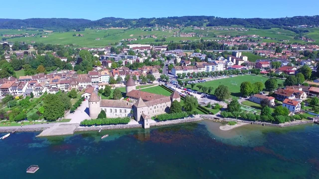 Rolle - my town. Studio 2 min from the castel.