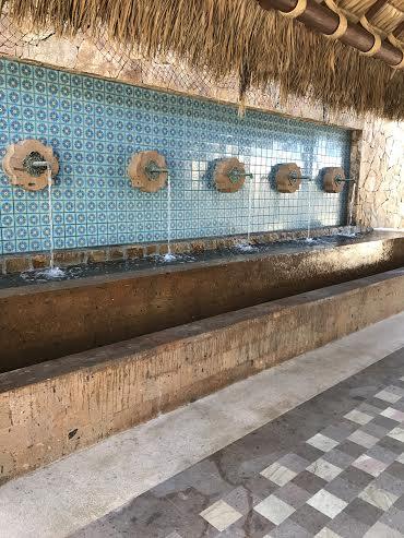Solmar Resort Entrance Photo by Evolve Benton