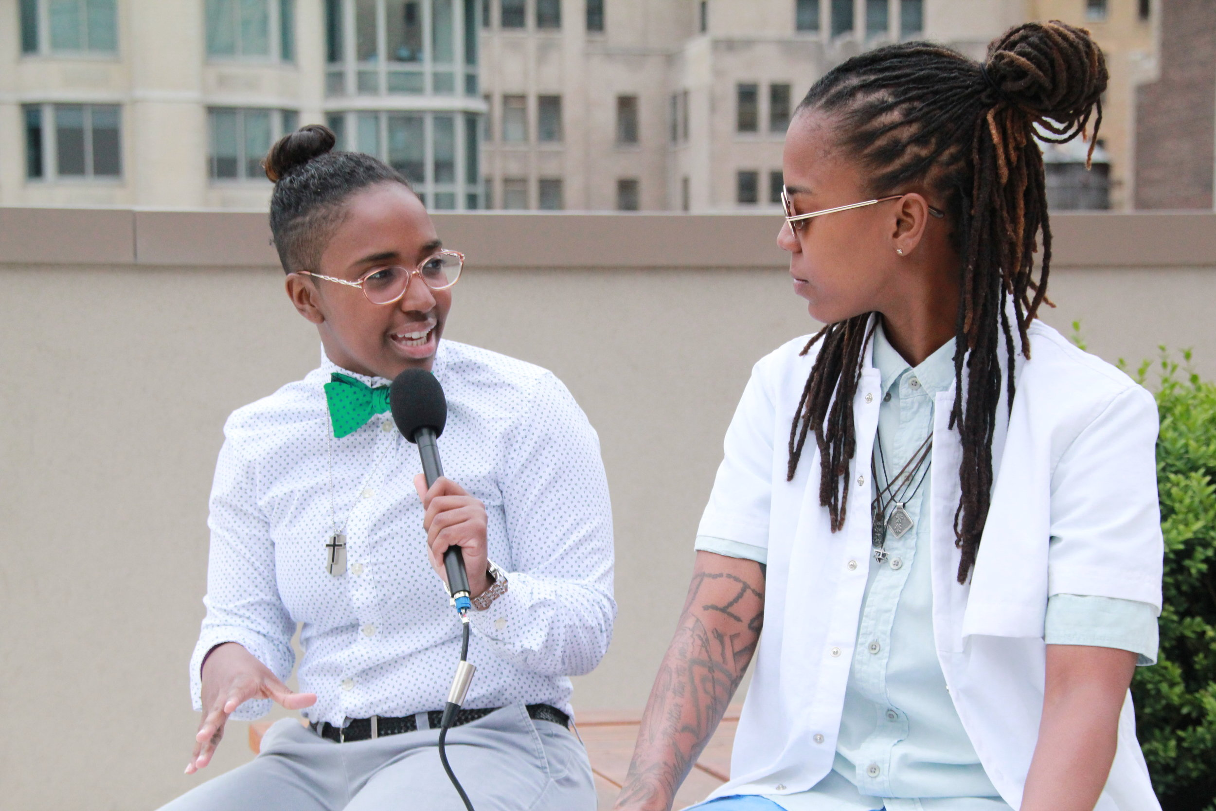 Diandra Interviewing Grammy nominated artist   Gizzle